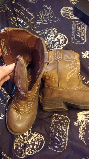 Little girl cowboy boots for Sale in McMinnville, TN