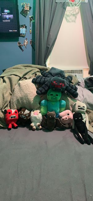 8 Minecraft Plush Toys/Stuffed Animals for Sale in Chelmsford, MA