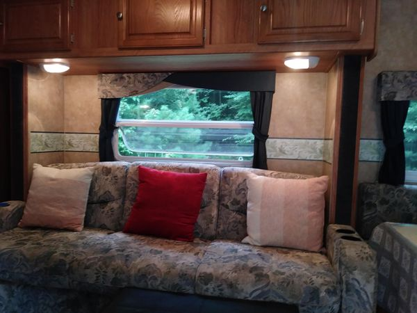 RV Jayco Mobile Home Camper Trailer
