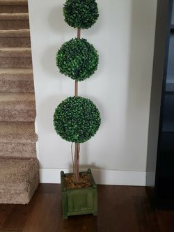 Topiary Tree Faux for Sale in Burien,  WA