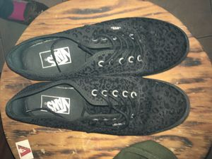 Black vans. Size 6.5 men's 8 women. for Sale in Pittsburgh, PA