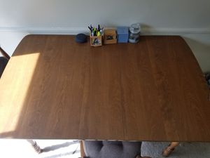 Sturdy Wooden Dining table for Sale in Columbus, OH