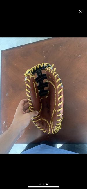 Wilson FirstBase Glove A2K 12' for Sale in Apopka, FL