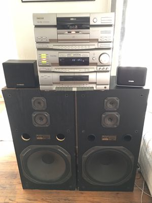 FISHER TAD-9715 Studio 24 Radio, 24 Disk CD, cassette & dubber, surround sound for Sale in Fresno, CA