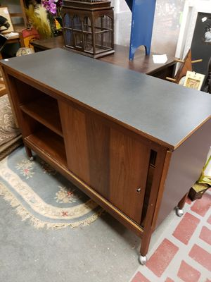 Island, bar , console on casters with 2 drop leaves for Sale in Grayson, GA
