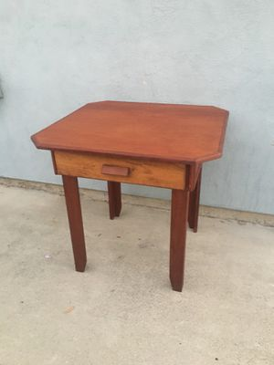Small kitchen/dining table w/Drawer for Sale in West Covina, CA