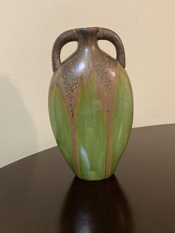 Flower Vase for Sale in Pompano Beach,  FL