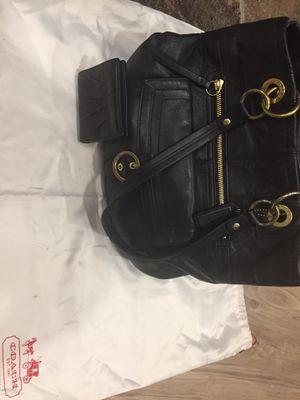 Coach purse and matching coach wallet- black leather- $90 comes with coach dust cover for Sale in Portland, OR