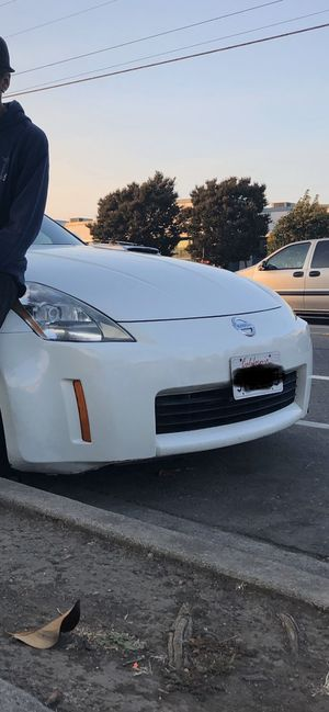 2005 350Z front bumper for sale open for trades for Sale in San Lorenzo, CA