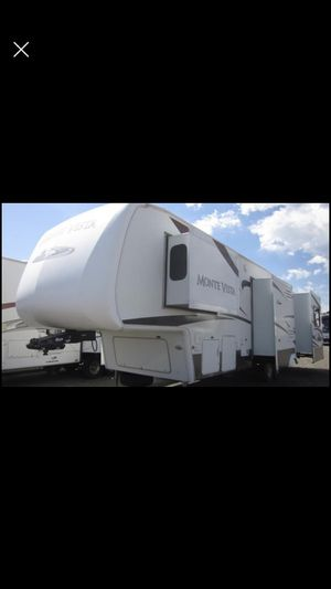 2008 5th Wheel Camper for Sale in New Port Richey, FL