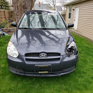 2011 Hyundai Accent GL Hatchback for Sale in Brooklyn, OH