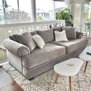 Gray couch for Sale in Newport Beach, CA