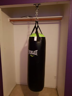 heavy bag and speed bag for Sale in Chandler, AZ