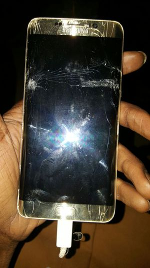 Samsung S6 Plus cracked phone screen don't work phone unlock for Sale in Nashville, TN