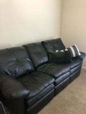Leather Couch for Sale in Fort Wayne, IN