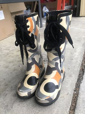 Women's size 5 Coach rain boots for Sale in Reynoldsburg, OH