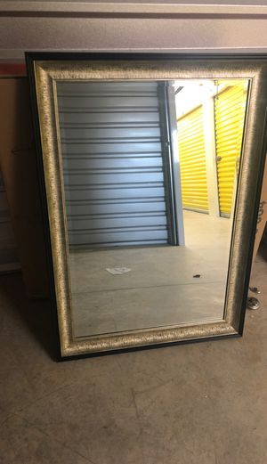 Wall mirror for Sale in Clarksville, TN