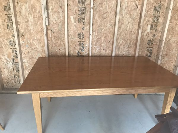 Amish Table 6 Chairs