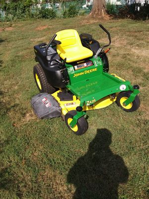 John Deere zero turn riding lawn mower for Sale in Manassas, VA