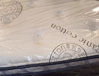 Organic Cotton Foam Case Mattress & Boxspring for Sale in Los Angeles,  CA
