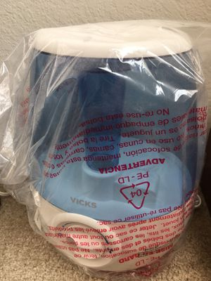 New VICKS Humidifier Filter Free for Sale in Brea, CA
