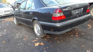 1998 Mercedes C280 [SELLING PARTS ONLY for Sale in Portland, OR