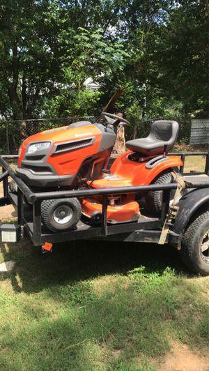 Huscavana riding lawn mower for Sale in Conroe, TX