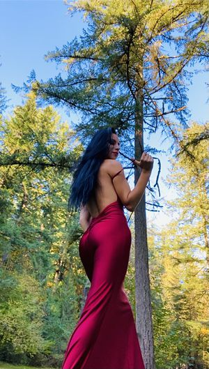 Elegant, sexy red dress!🔥🔥🔥 for Sale in Battle Ground, WA