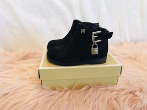 Girl ankle boots for Sale in Davenport, FL