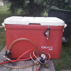 Gott 48 Keg Beer Cooling System for Sale in Sterling Heights, MI