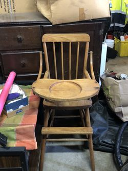Wood High Chair for Sale in Oregon City,  OR