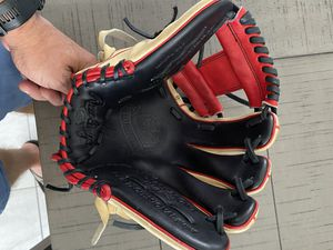 Rawlings Pro Preferred infield glove for Sale in Tampa, FL