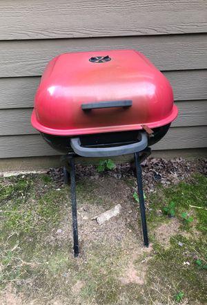 Charcoal grill for Sale in Dallas, GA