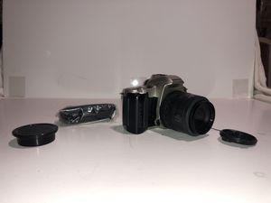 Pentax MZ-50 SLR w. 35-80mm lens (not working) for Sale in Ellicott City, MD