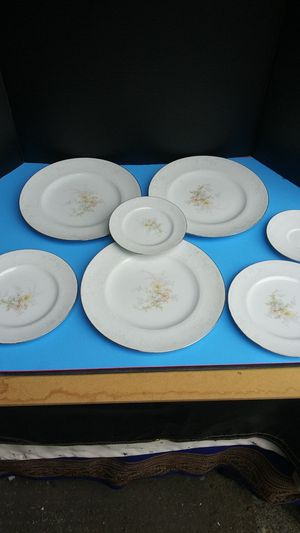 "Noritake ""Anticipation"" 7 piece dinner set for Sale in Vancouver, WA"