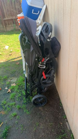 Sit and stand baby trend stroller for Sale in Bakersfield, CA