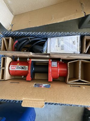 Brand new warn winch 9.0 RC for Sale in Las Vegas, NV