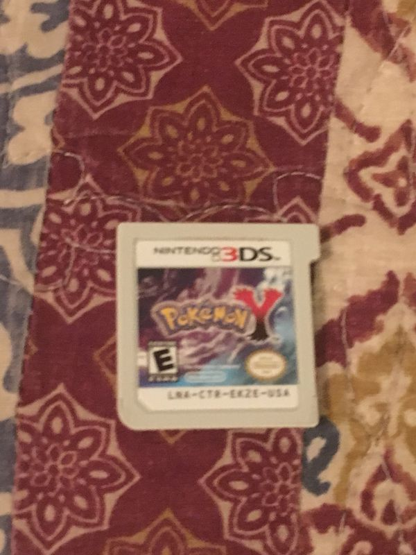 3DS Pokémon Y , Luigi's Mansion Dark Moon