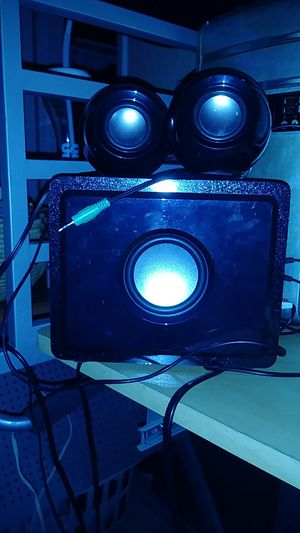 Plug in speaker high bass and volume! for Sale in Sarasota, FL