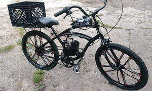 Custom lowrider motorized bike for Sale in Battle Creek, MI