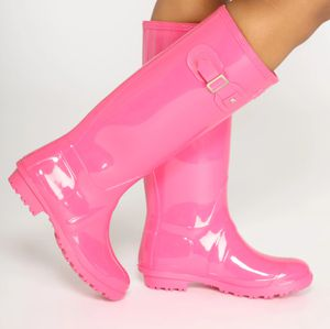 Pink rain boots brand new never worn in box sz9 for Sale in Garfield Heights, OH