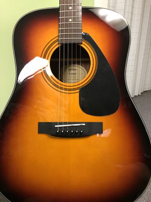 Acoustic guitar Yamaha F325D for Sale in Livonia, MI