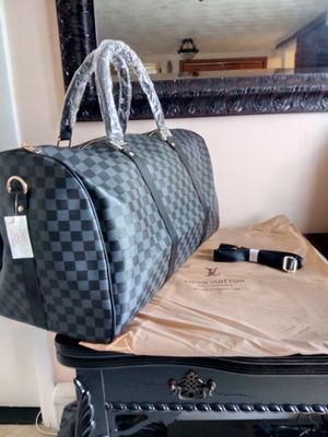New Large Duffle bag for Sale in Revere, MA