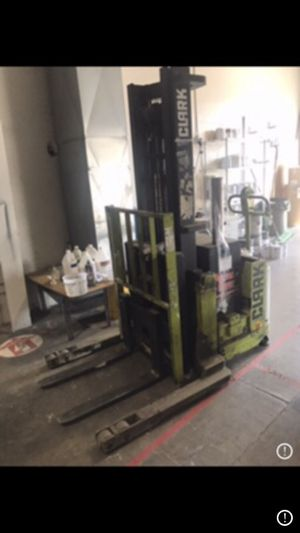 Electric Forklift Pull Behind for Sale in Seattle, WA