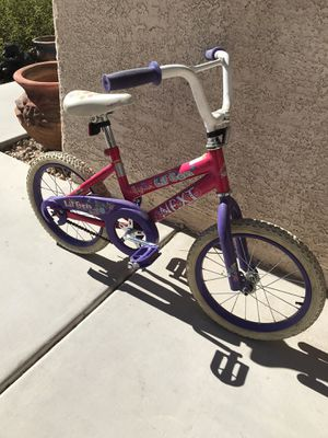 LITTLE BIKE FOR GIRL 16 INCHES for Sale in North Las Vegas, NV