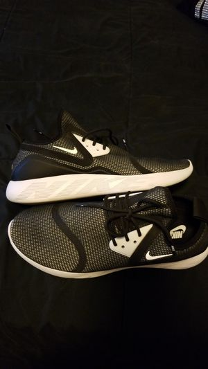 Nike shoes size 10 for Sale in Reedley, CA