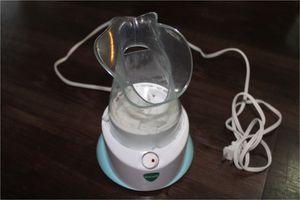 Vicks Personal Steam Inhaler, V1200, Face Steamer or Inhaler with Soft Face Mask for Targeted Steam for Sale in Alexandria, VA
