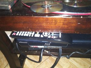 Samsung smart DVD player Blu-ray for Sale in Houston, TX