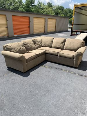 Fabric Sectional Couch Sofa *FREE DELIVERY* for Sale in Toms River, NJ