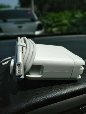 Apple MacBook Pro 60w L-tip charger for Sale in Chicago, IL